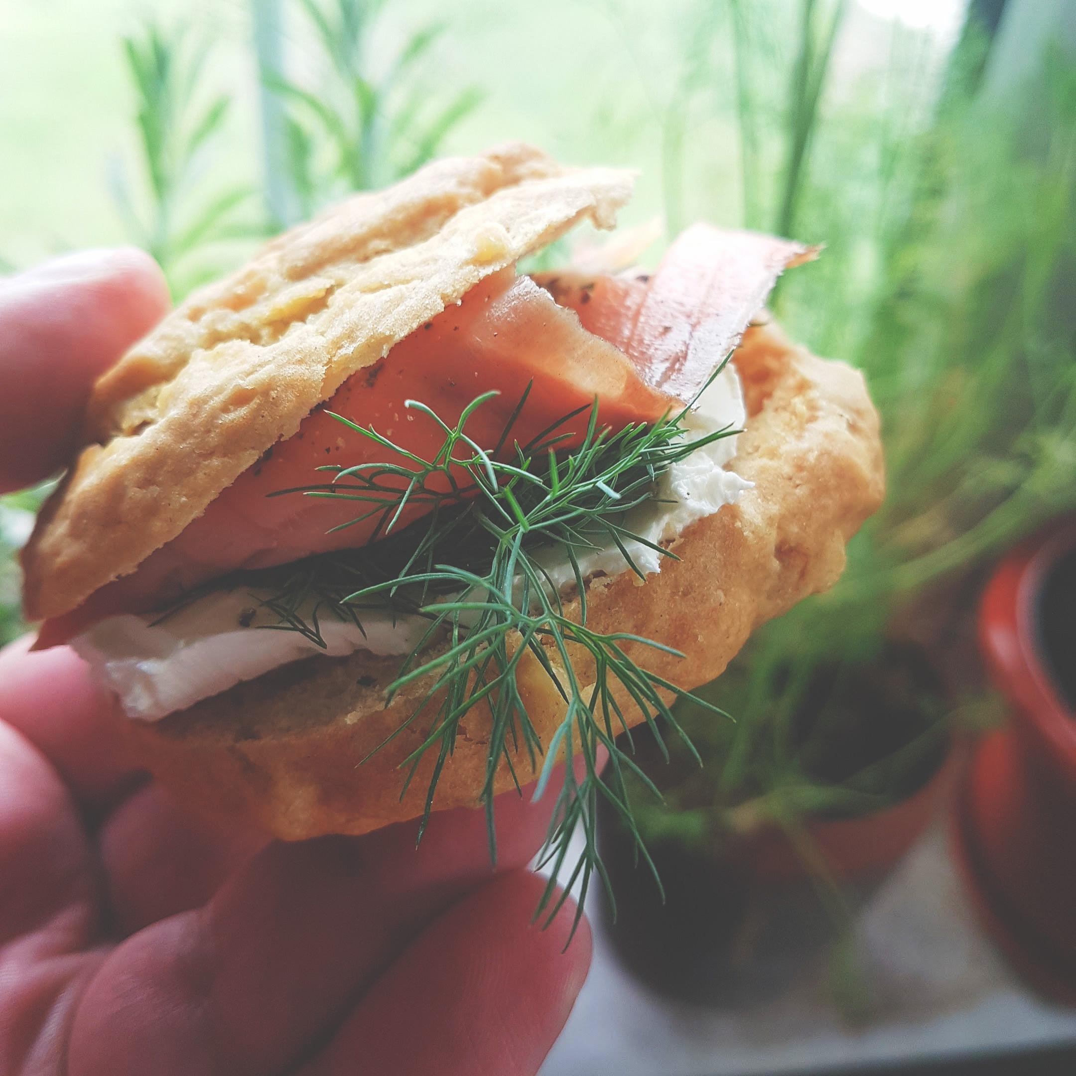 Σάντουϊτς με σολομό